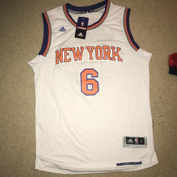 Kristaps Porzingis New York Knicks jersey. NWT. adidas c4d7c3402